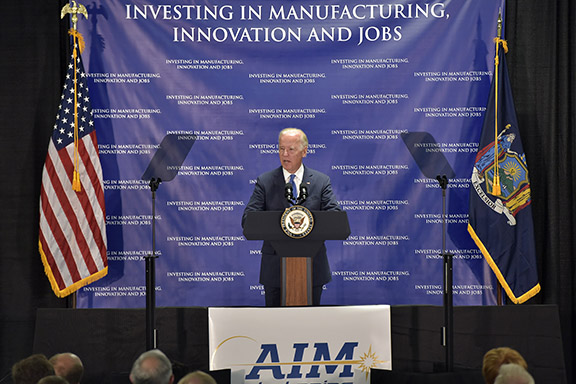Albany and Rochester selected as headquarters for the next National Manufacturing Institute to advance integrated photonics